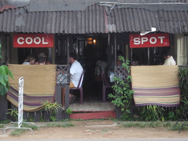 "Der ""Cool Spot"" in Hikkaduwa"